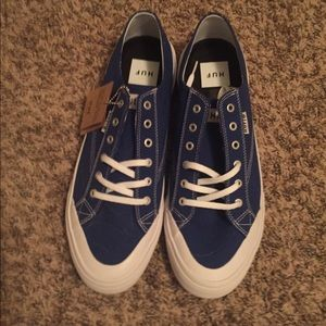 HUF royal blue (lowtop converse looking) shoes NWT